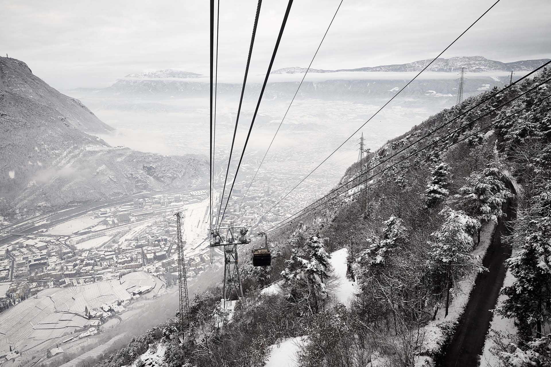 Vista su Bolzano dalla funivia